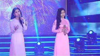 Hai chị em Phương Anh & Phương Ý xinh đẹp dịu dàng khoe giọng hát say đắm lòng người