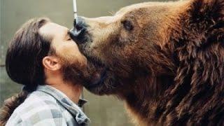 Gấu ăn thịt chủ khi đang huấn luyện - Sự thật kinh hoàng