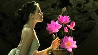 Elvis Phuong   một cõi đi về -  Ao Dai Lotus