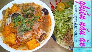 Cách Nấu BÚN HUẾ CHAY Đúng Vị Đậm Đà By Duyen's Kitchen | Ghiền Nấu Ăn
